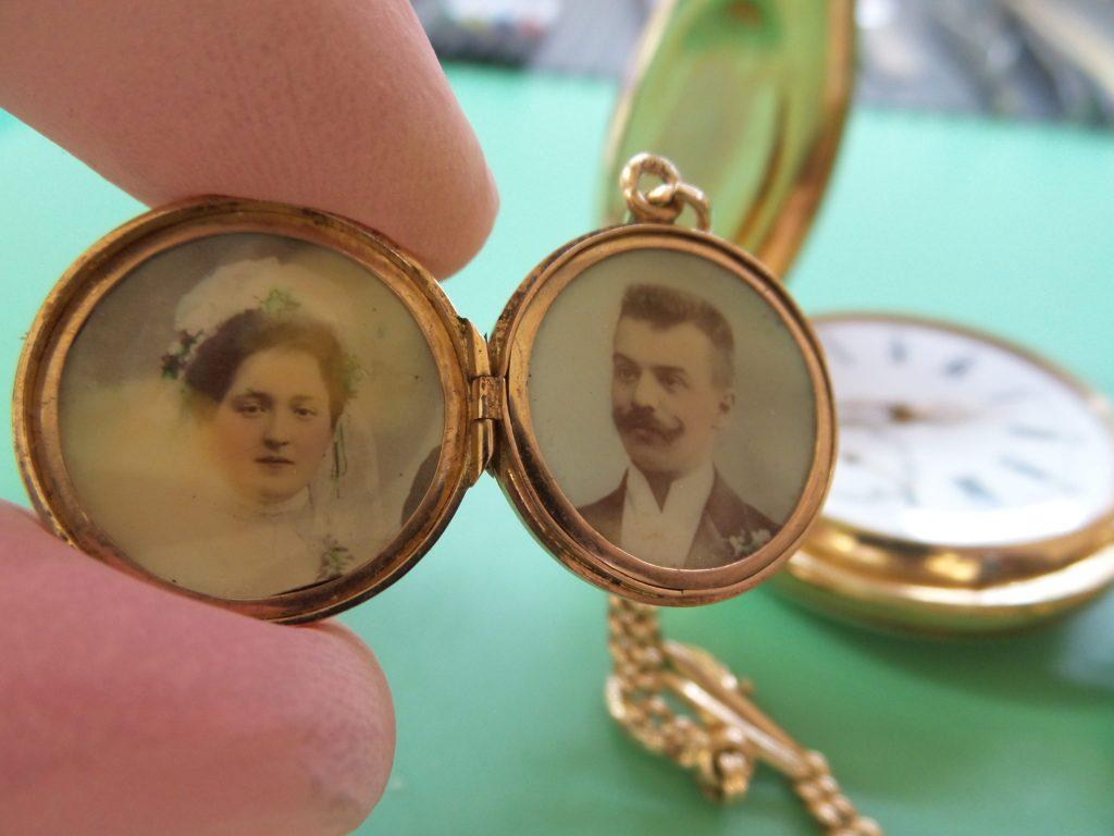 Brautpaar Taschenuhr